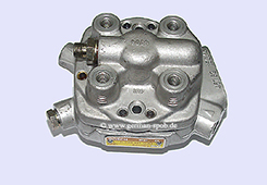 0438101030-|-0-438-101-030-Fuel-Distributor-👉-Regenerated-👈-Bosch-|-Ford   0438101030 / 0 438 101 030 Bosch