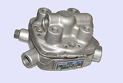 0438101031-|-0-438-101-031-Fuel-Distributor-👉-Regenerated-👈-Bosch-|-Ford   0438101031 / 0 438 101 031 Bosch